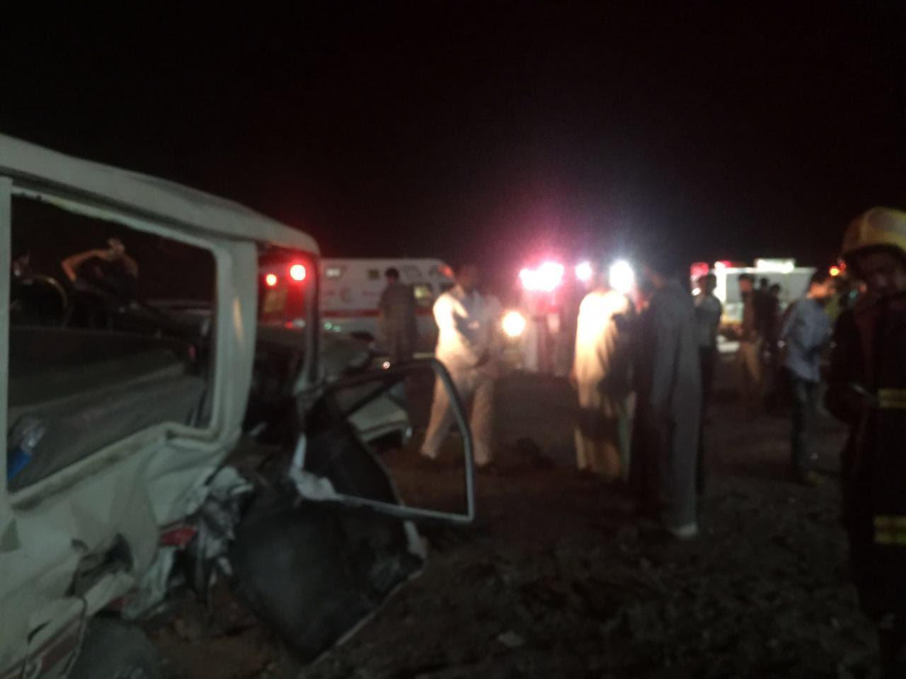 حادث تصادم بالمدينة المنورة (2)