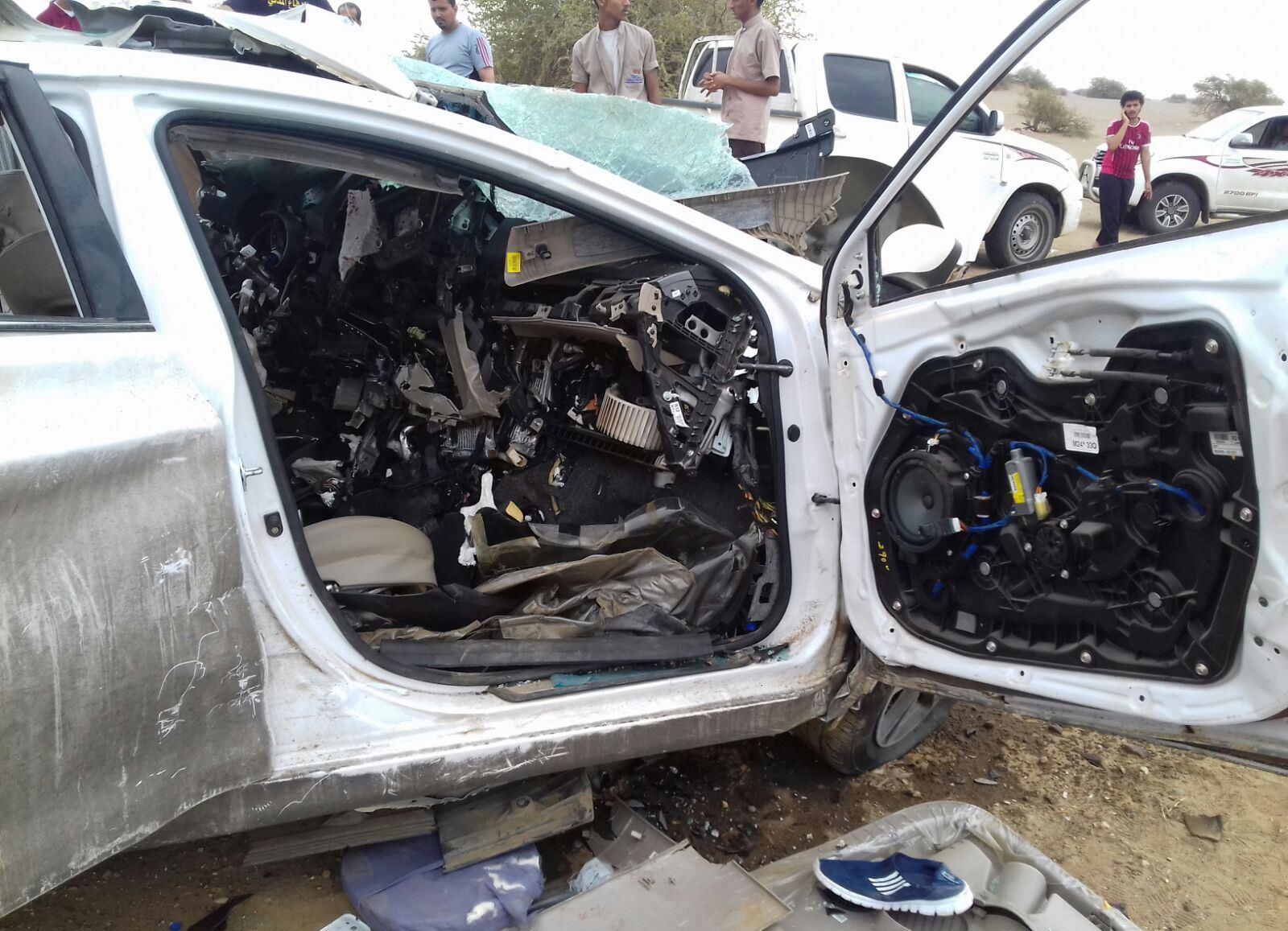 حادث تصادم بدرب جازان (2)