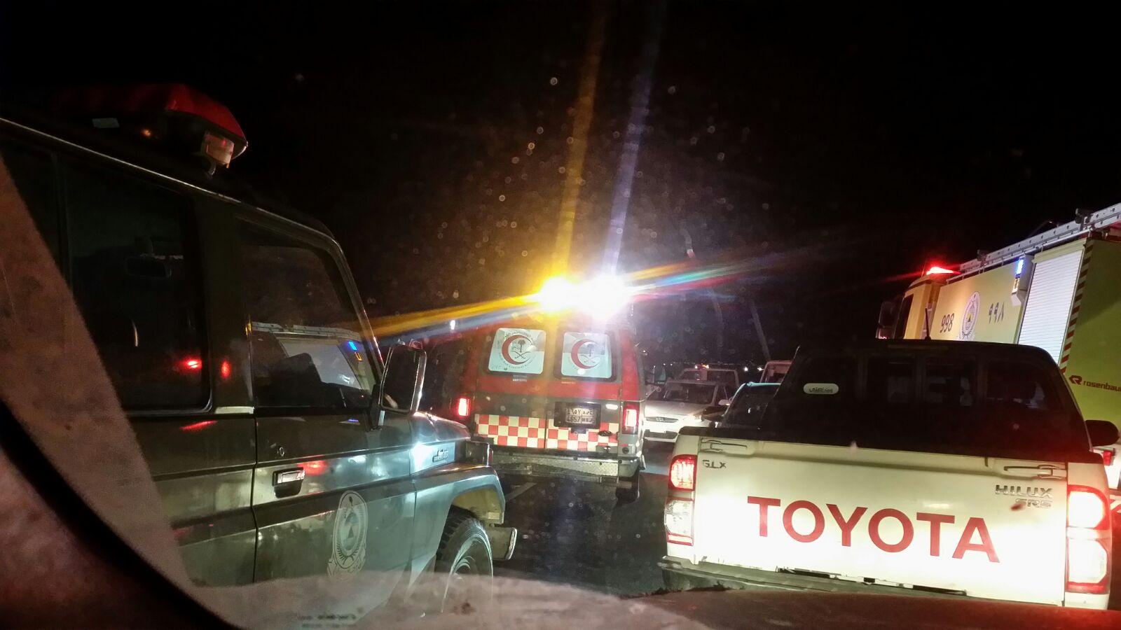 حادث تصادم بطريق صبيا العيدابي (2)