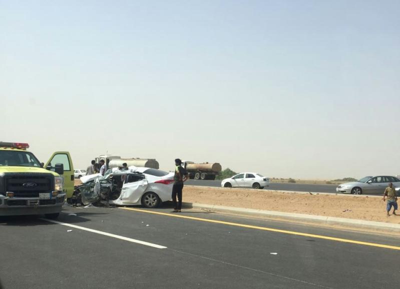 حادث تصادم مروع بدولي جازان (1)