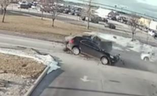 حادث تصادم وجه لوجه بامريكا
