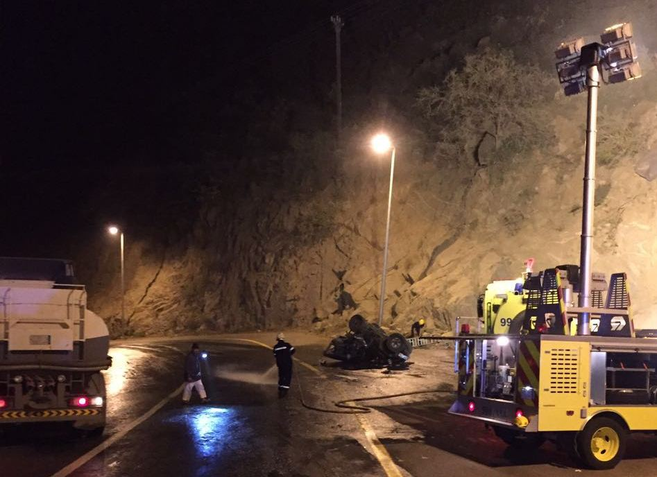 حادث سقوط مركبة بفيفا (1)