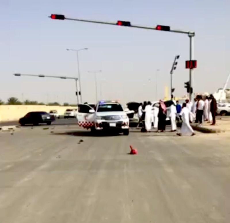 مطالبات بالقبض على مصور فيديو حادث مروري ببريدة
