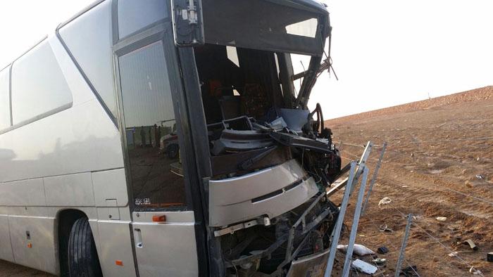 حادث مروع يتسبب بحالات وفاة وعدة إصابات بـ #بريدة (1)