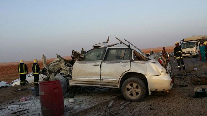 حادث مروع يتسبب بحالات وفاة وعدة إصابات بـ #بريدة (5)