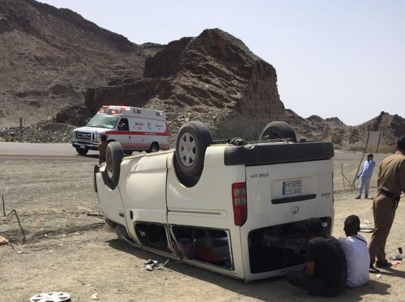 حادث ميكروباص طريق الهجرة (1)