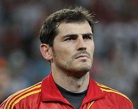 حارس المرمى الإسباني إيكر كاسياس