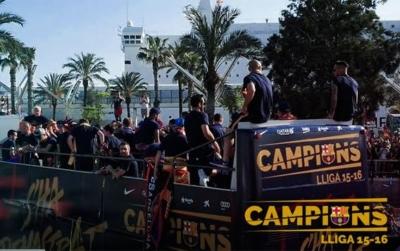 حافلة فريق برشلونة5