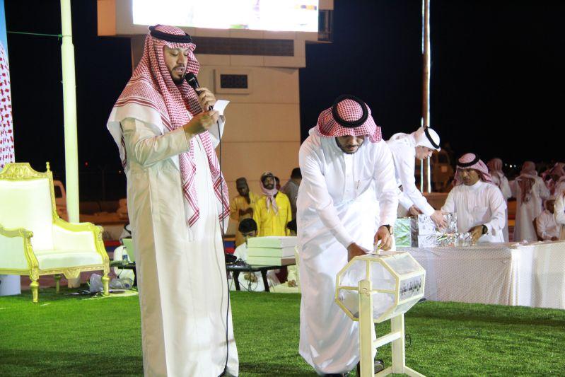 حامد الضبعان يشعل حفل أهالي رفحاء بعيد الفطر (29)