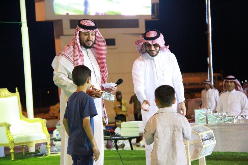حامد الضبعان يشعل حفل أهالي رفحاء بعيد الفطر (30)