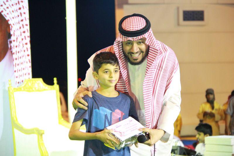 حامد الضبعان يشعل حفل أهالي رفحاء بعيد الفطر (31)
