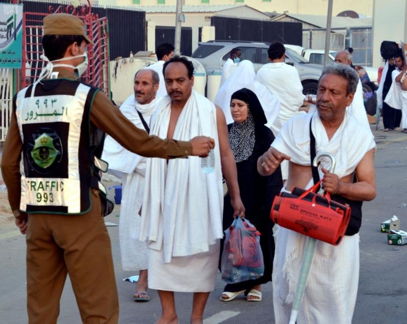 حجاج بيت الله في صعيد عرفات (2)