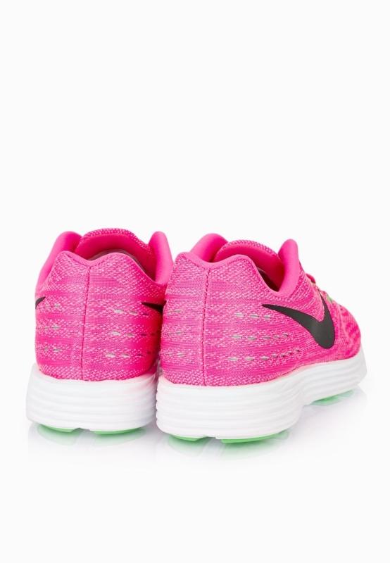 حذاء رياضي نايك2