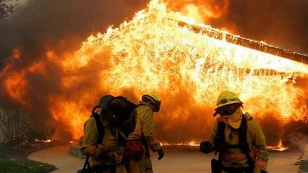 حرائق الغابات كاليفورنيا