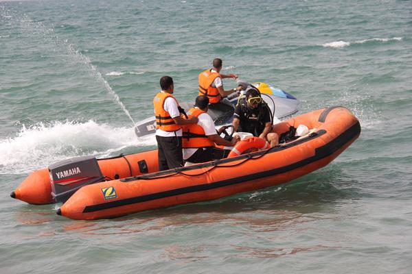 حرس الحدود انقاذ بحري بحر