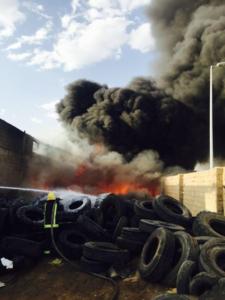 حريقاً شرق المنطقة الصناعية 1