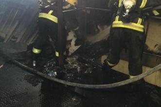 التماس كهربائي يحرق مستودعًا للحدادة في الطائف - المواطن