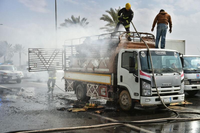 حريق بشاحنة2