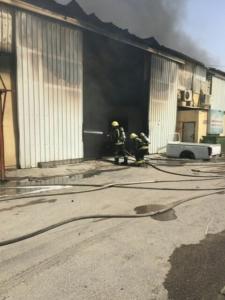 حريق بـ7 مستودعات (126333905) 