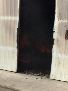 حريق بـ7 مستودعات (126333907) 