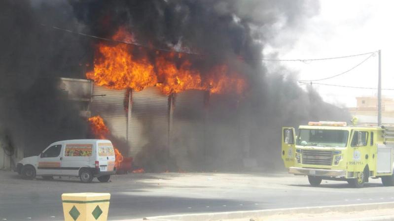 حريق بمحل بنشر برماح كاد أن يسبب كارثة (3)