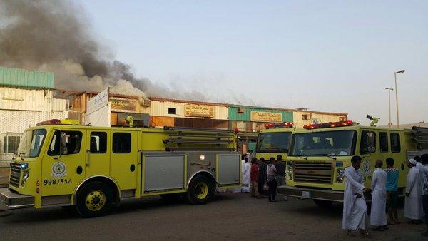 حريق بورشة الصناعية بجدة (3)