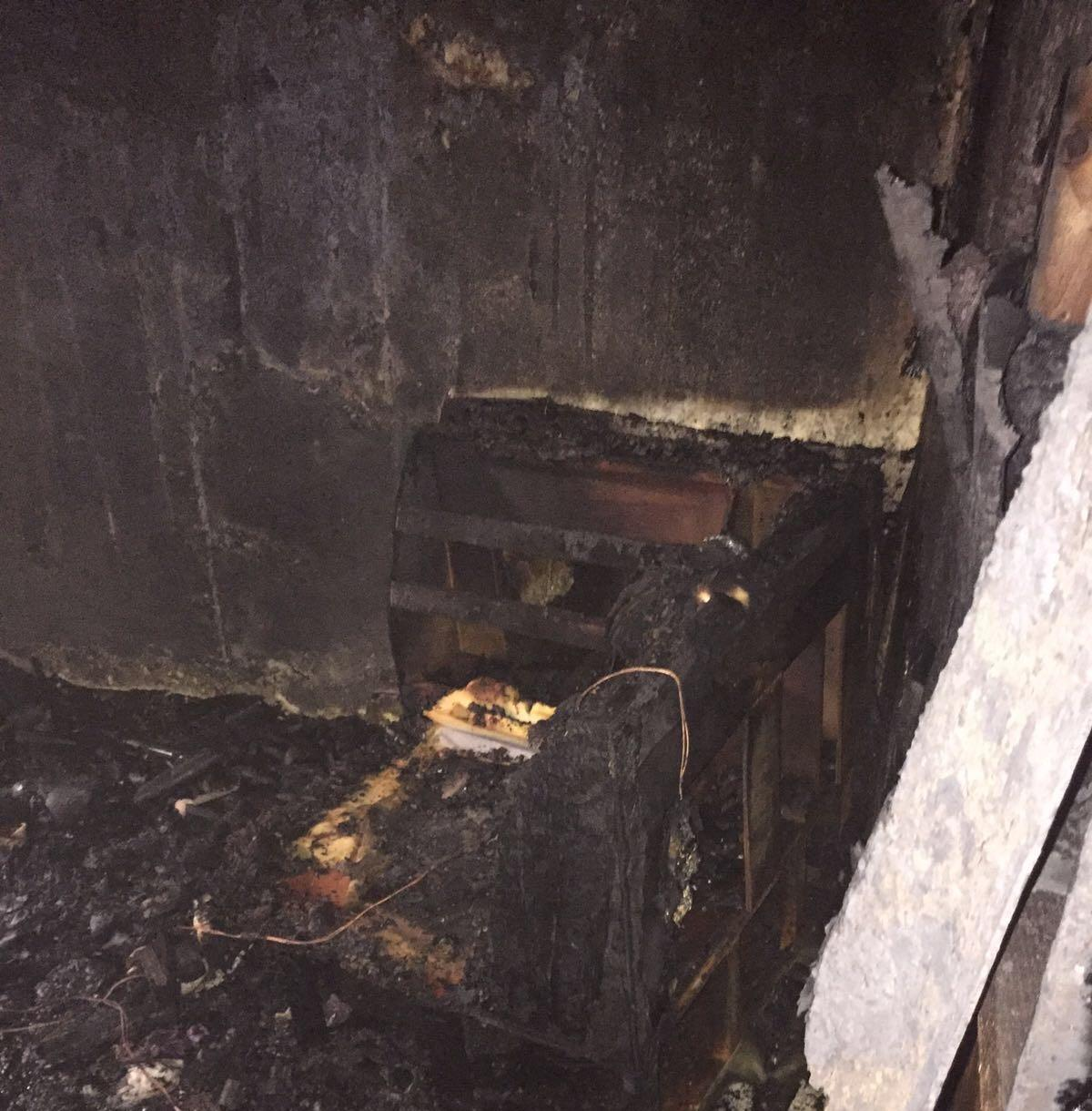 حريق جنوب حي الجامعة بجدة (2)