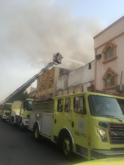 حريق حي الثقبة (1)