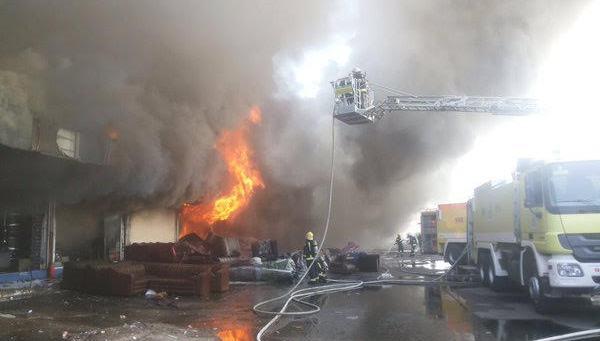 حريق-سوق-الامير-متعب-بجدة (2)
