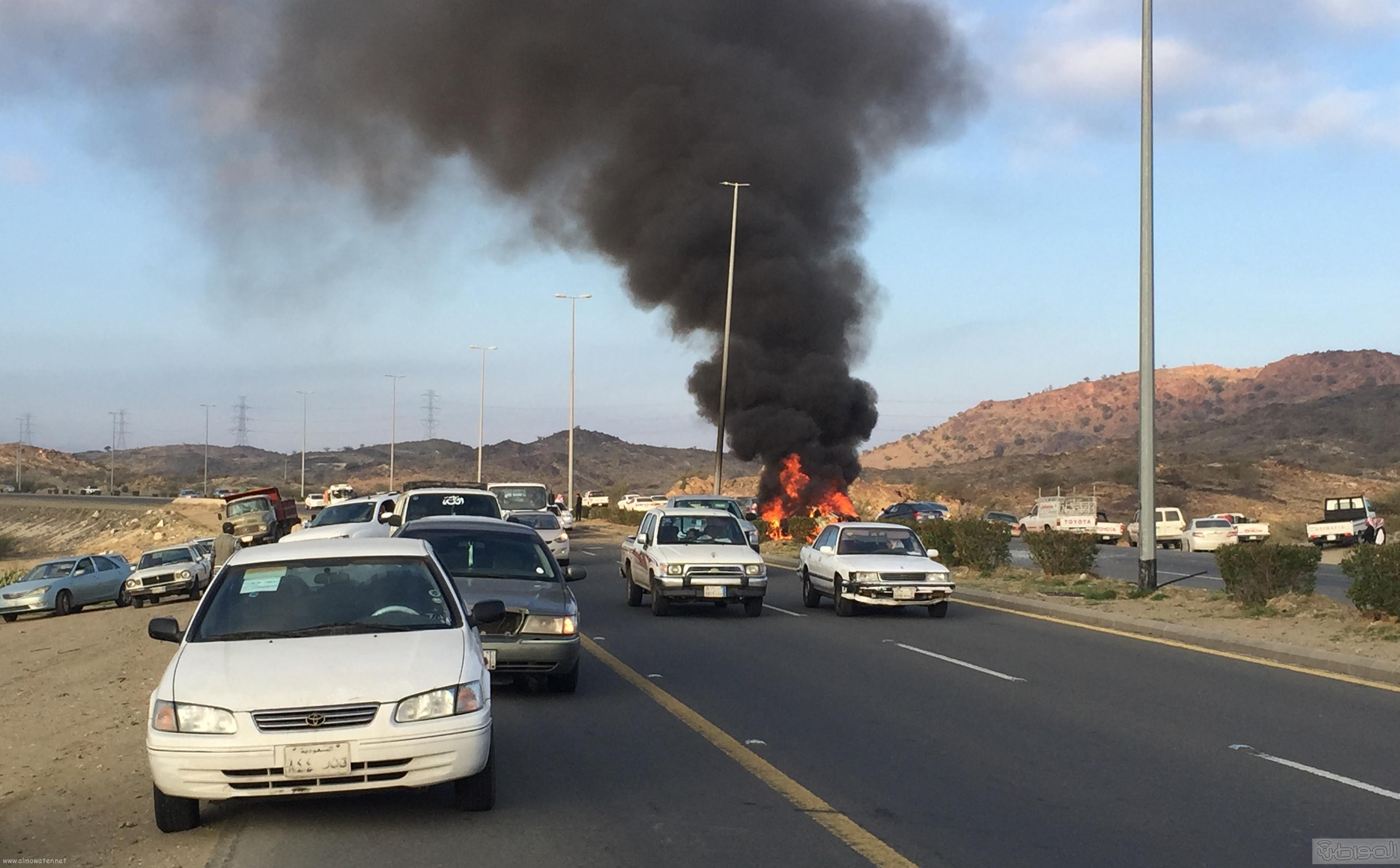 حريق-سيارة-مواطن-بالطائف (3)