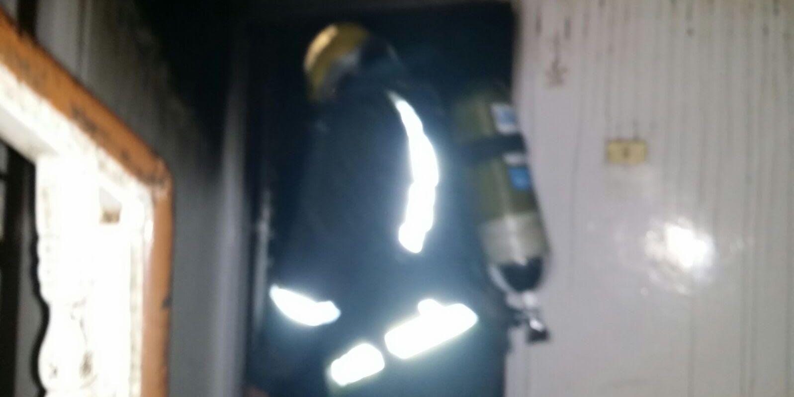 حريق-شقة-بالتماس-كهربائي-بالمدينة (1)