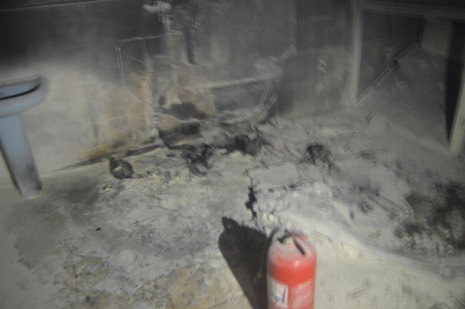 حريق-شقة-سكنية-بالمدينة (2)