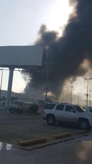 . حريق ضخم بمجمع تجاري بجازان2