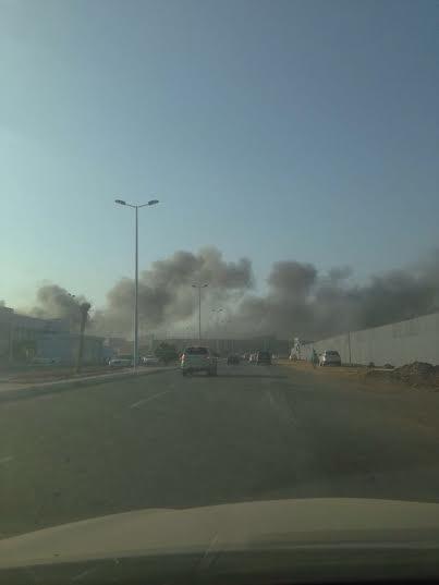 . حريق ضخم بمجمع تجاري بجازان5