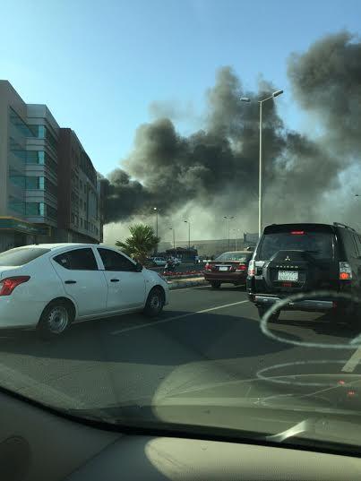 . حريق ضخم بمجمع تجاري بجازان6