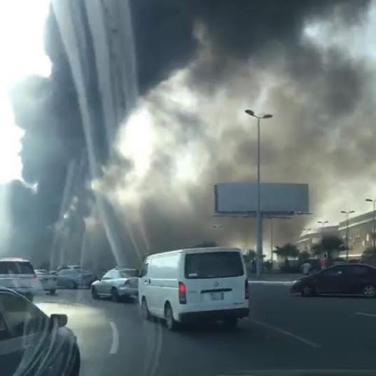 . حريق ضخم بمجمع تجاري بجازان8