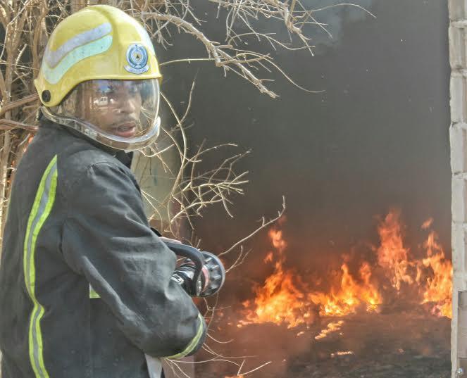 حريق طال استراحة بعقدة حائل4