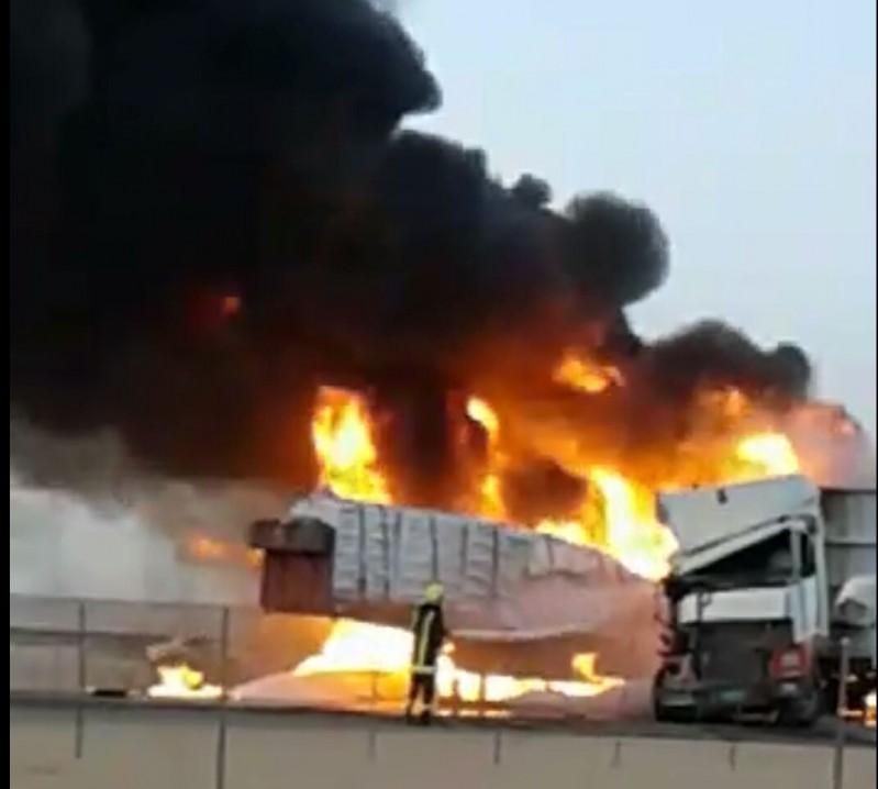 حريق-على-طريق-الطائف-الرياض