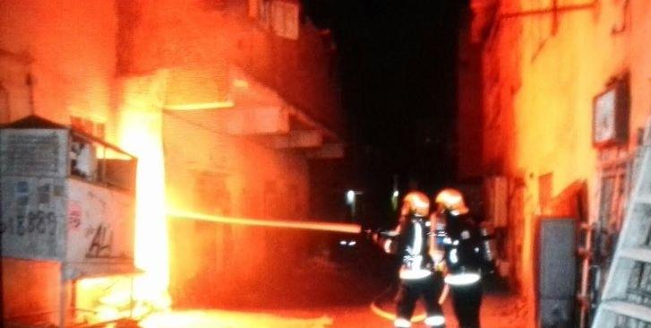 حريق عمارة جدة (2)