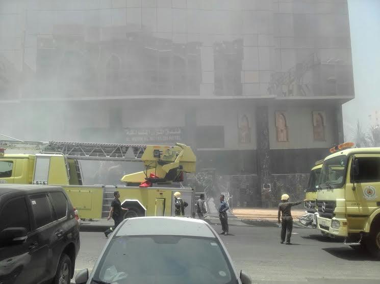 حريق فندق مكة (2)