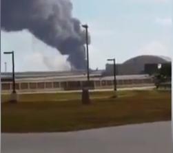 حريق في قاعدة امريكية
