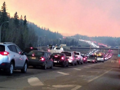 حريق في كندا 2
