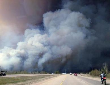 حريق في كندا 3