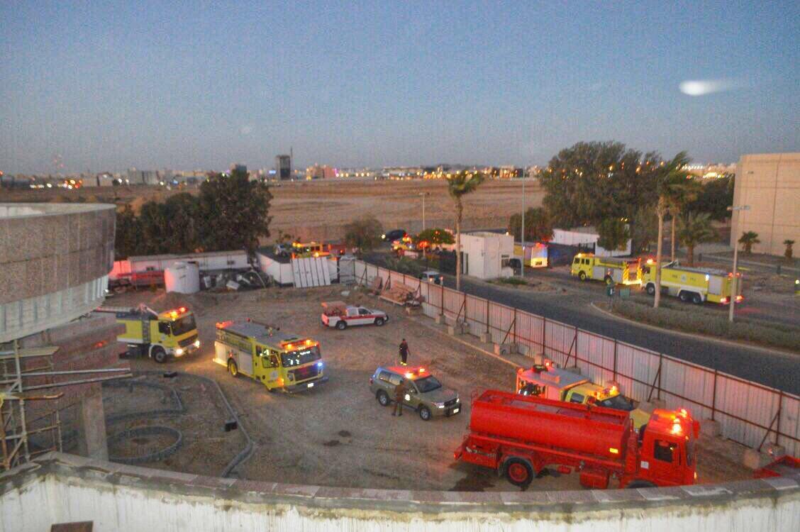 حريق مبنى جامعة الملك عبدالعزيز1