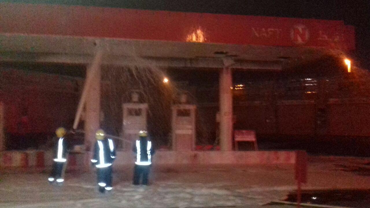 حريق محطة وقود بالمدينة (1)