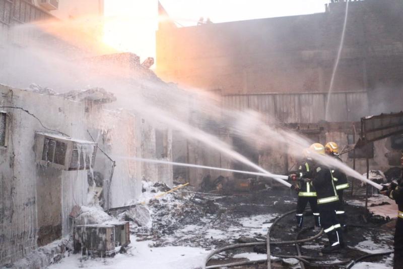 حريق مخزن الاسفنج مكة (3)