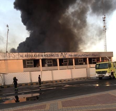 حريق مستودع بالخبر11
