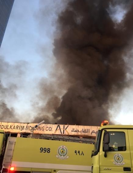 حريق مستودع بالخبر111