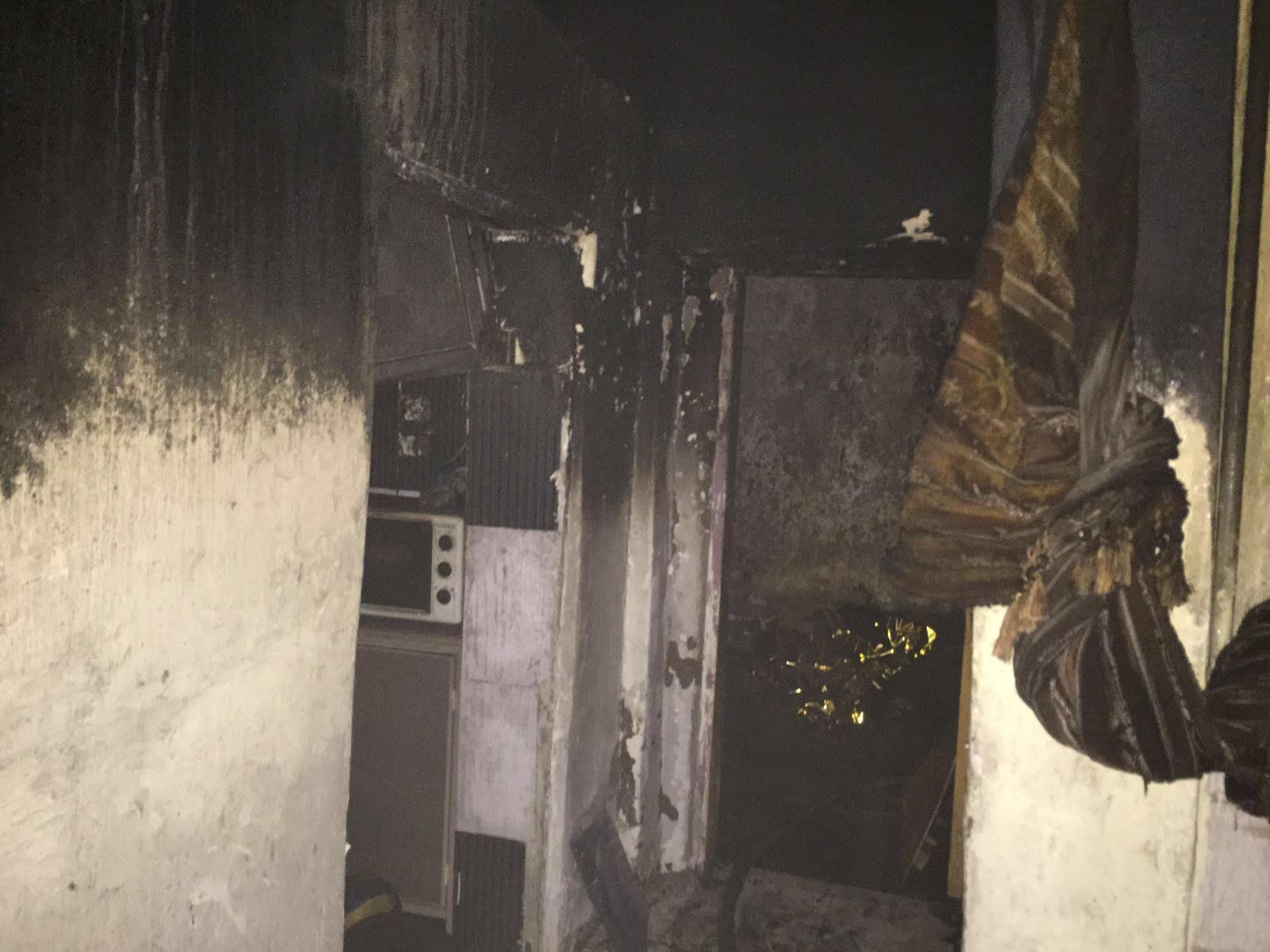 حريق منزل بالمدينة المنورة (4)