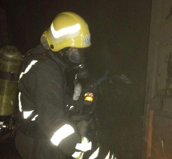 حريق منزل في أبي عريش (1)